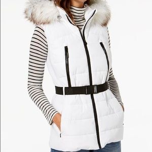 Brand new Michael Kors Active vest